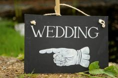 Google Image Result for http://www.dream-occasions.co.uk/wp-content/uploads/wedding-chalkboard.jpg