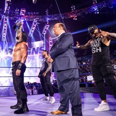 Roman Reigns Wrestling, Wwe Roman Reigns, Wwe Raw And Smackdown, All In The Family, Money In The Bank, Professional Wrestling, Roman Empire, Big Dogs, Mma