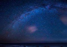 Observar el cielo nocturno de Almería toda una experiencia para amantes de la astronomía y de la fotografía nocturna. Os dejamos las fechas para este agosto.  #almeriatrending #almeria #carboneras #pulpi #turre #mojacar #garrucha