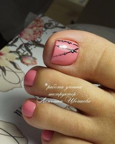How to easily remove the semi-permanent nail polish? - My Nails Pink Pedicure, Fall Pedicure, Pedicure Nail Art, Toe Nail Art, Manicure And Pedicure, Pedicure Ideas, Fall Toe Nails, Summer Toe Nails, Fancy Nails