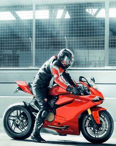 1199 Ducati Panigale by Arun M Nair Moto Bike, Motorcycle Bike, Custom Sport Bikes, Ducati Motorcycles, Dirtbikes, Super Bikes, Street Bikes, Biker Girl, Bike Design