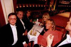 Stars & Conceptions - Umgeben von Stars Britt Ekland, Jane Russell, Roger Moore, Hollywood Stars, Anja Kruse, Richard Von Weizsäcker, Heinz Rühmann, Helmut Schmidt, Bond