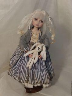 Купить Жанна - серый, авторская кукла, интерьерная кукла, кукла в подарок, кукла с зайкой, блондинка
