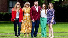 Hollannin kuningas vaihtoi vapaalle - poseeraa farkuissa teini-ikäiset tyttäret vierellään | Seiska Vanity Fair, Lily Pulitzer, Kimono Top, Tops, Dresses, Women, Fashion, Vestidos, Moda