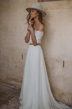 If you've been searching for effortless dresses without the wedding-gown stereotype, let this new Grace Loves Lace wedding dress collection be your guide! Bohemian Chic Weddings, Bohemian Wedding Dresses, Boho Dress, Lace Dress, Off Shoulder Wedding Dress Bohemian, Chic Dress, Relaxed Wedding Dress, Wedding Dress Separates, Wedding Dresses 2018