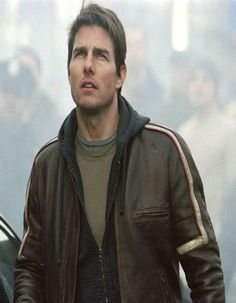 """US Leather Firm Brown Leather Jacket from the most famous movie """"The War Of The Worlds"""" and worn by dashing  celebrity Tom Cruise."""