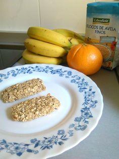 Esta es una receta sencillísima y básica para los inicios de la alimentación complementaria blw. Ingredientes 1 plátano Copos de avena Zumo de naranja (natural) Preparación Trituramos el plátano co…