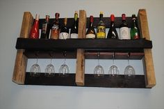 Beautiful Movable Bar with Wood Pallet Wine Rack