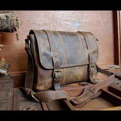 Distressed Leather Men's Briefcase Laptop Messenger Shoulder Bag Satchel #Handmade #MessengerShoulderBag