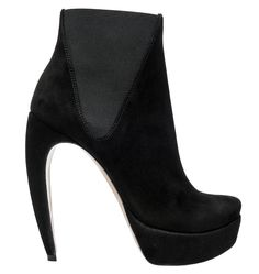 Walter Steiger basic black bootie- looks like a cat stretching its back to me meow