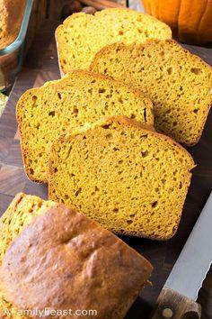 Sweetened Condensed Milk Pumpkin Bread is the ultimate homemade pumpkin bread recipe! Bakery Recipes, Milk Recipes, Bread Recipes, Dessert Recipes, Pumpkin Bread, Pumpkin Puree, Pumpkin Cheesecake, Condensed Milk, Yummy Food