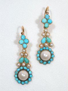QUEM NÃO TEM CÃO CAÇA COM GATO (quem não tem pedras preciosas ou semi-preciosas, trabalha com pedras falsas, de vidro). São ideias para bijutaria.Turquoise & Natural Pearl Three Drop Earrings