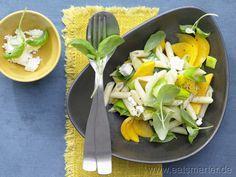 Mango-Lauch-Pasta mit Schafskäse und Basilikum - smarter - Kalorien: 602 Kcal | Zeit: 15 min.
