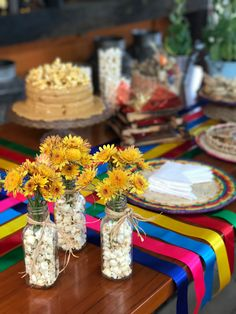 Diy And Crafts, Crafts For Kids, Wedding Decorations, Table Decorations, Mexican Party, Table Settings, Alice, Birthday, Fun