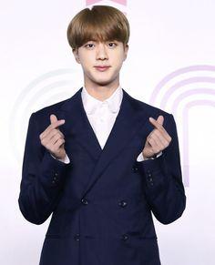 Seokjin, K Pop, Boy Photos, Worldwide Handsome, I Love Bts, Foto Bts, Bts Jin, Korean Boy Bands, Korean Singer