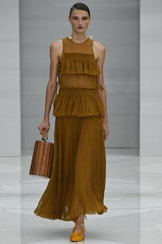 Salvatore Ferragamo Spring 2016 Ready-to-Wear Fashion Show