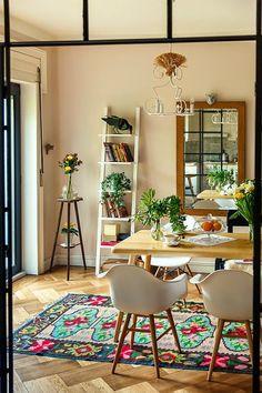 עולה על העיצובים: הדירה של לטי ברומניה.