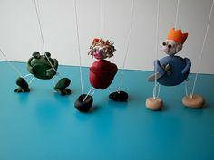Wednesday, June 23, 2010         Make a Marionette                                Summer Kid Crafts: Make a Marionette