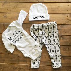 af1800a1fc96 Gender neutral coming home outfit