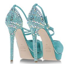 Le Silla turquoise suede sandals with embellished heels >> Shoeperwoman