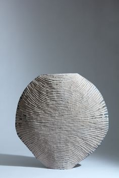 Contemporary Craft Design Sarah Myerscough Gallery click now for info. Ceramic Clay, Ceramic Pottery, Pottery Art, Contemporary Sculpture, Contemporary Ceramics, Vases, Ceramic Texture, Coil Pots, Creta