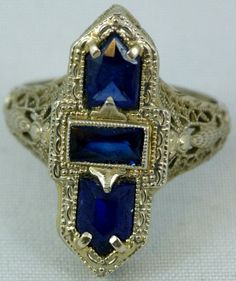 Art Deco Sapphire Ring Mounted In 14k White Gold Filigree