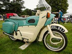 1960 Ariel Leader two stroke twin Bsa Motorcycle, Motorcycle Design, Triumph Motorcycles, British Motorcycles, Vintage Motorcycles, Classic Motors, Classic Bikes, Motor Scooters, Motor Car