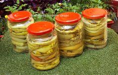 Frunze de vita-de-vie la saramura - Bunătăți din bucătăria Gicuței Pickles, Cucumber, Food, Canning, Essen, Meals, Pickle, Yemek, Zucchini