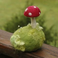 felted pin cushion with toad stool