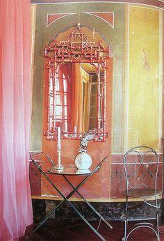Paris style, pagoda mirror