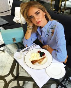 Chiara Ferragni in Zara shirt