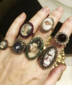 Cute Jewelry, Jewlery, Jewelry Accessories, Memento Mori, Halo, Looks Cool, Aesthetic Clothes, Piercings, Gemstone Rings