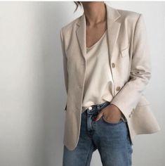 cute date outfits Suit Fashion, Look Fashion, Korean Fashion, Fashion Outfits, Blazer Outfits Casual, Cute Comfy Outfits, Monochrome Fashion, Minimal Fashion, Minimale Kleidung