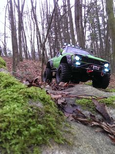 Axial Scx10 Toyota Hilux #rc #rctrial #axial #axialracing #scx10 #toyota #hilux #rc4life #rctrial