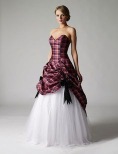 Tartan Wedding Dress Tartan Wedding ideas, Scottish Wedding ...