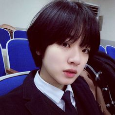 Lee joo young Ulzzang Tomboy, Pelo Ulzzang, Ulzzang Girl, Asian Short Hair, Girl Short Hair, Short Hair Cuts, Korean Short Hairstyle, Tomboy Hairstyles, Pretty Hairstyles
