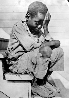 Early Life - America - American History - Women's Rights - Child Labor - The Great Depression - Civil Rights - Native Americans - Slavery - American Indians. Fotografia Social, Online Galerie, African Children, Art Children, School Children, Black History Facts, Strange History, Foto Art, African Diaspora