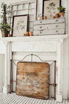 14 Brilliant Fresh Rustic Farmhouse Remodel Ideas For New Look - Rearwad Shabby Chic Decor, Rustic Decor, Farmhouse Decor, Vintage Farmhouse, Farmhouse Style, Farmhouse Ideas, Modern Farmhouse, Plywood Furniture, Furniture Ideas