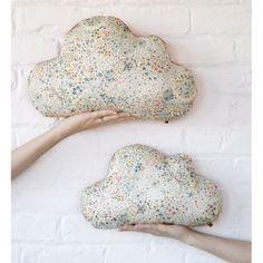 Moi, je les metterais en déco sur le mur! / I will not use them as a cushion but as a wall decoration!
