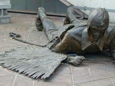 Skulpture Otto Lilienthal Airport #Berlin-#Tegel (c) Frank Koebsch #TXL