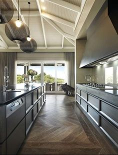 Extensive range of parquet flooring in Edinburgh, Glasgow, London. Parquet flooring delivery within the mainland UK and Worldwide. Australian Country Houses, Oak Parquet Flooring, Timber Ceiling, Floor Ceiling, Decoration Design, Sorrento, Beautiful Kitchens, Kitchen Interior, Home Kitchens