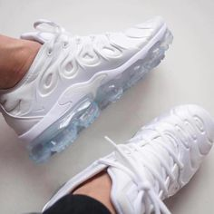 9f650176b475a At TheShoeCosmetics all white trainers are the canvas
