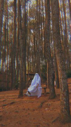 Film Aesthetic, Aesthetic Movies, Aesthetic Videos, Aesthetic Pictures, Aesthetic Anime, Ghost Photography, Nature Photography, Ghost Videos, Ghost Pictures