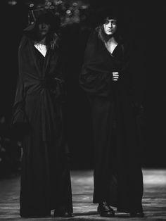 Yohji Yamamoto SS16 via @dazedmagazine ✨ Fashion Fantasy - Darkness