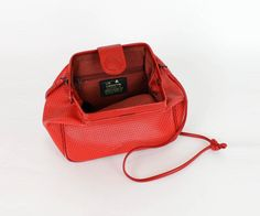 80s red crossbody doctor bag vintage clamshell purse by OmniaVTG