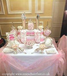 Swikar Candy: Organiza la parte inferior de tu mesa dulce