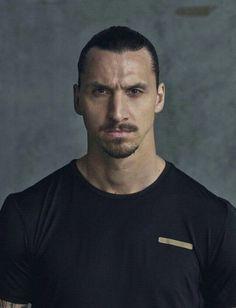 Zlatan Ibrahimovic Wallpapers, Football Players, Milan, Soccer, Sports, Manchester United, Athletes, Boys, Draw