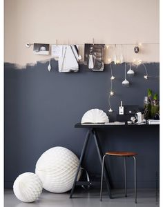 Two toned wall, pink and dark grey