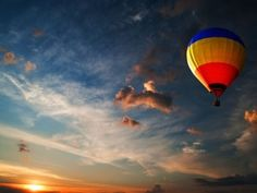 Hot Air Ballooning at Lonavala - Book this exceptional and adventurous balloon safari and enjoy hot air balloon rides over beautiful hills of Lonavala. Flying Balloon, Air Balloon Rides, Hot Air Balloon, Balloon Logo, Air Ballon, George Washington, Mt St Michel, Bonheur Simple, Destinations