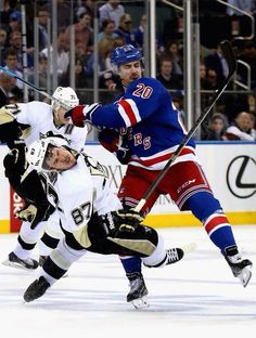 Kreider earns the respect of everyone everywhere when he takes down Crosby.
